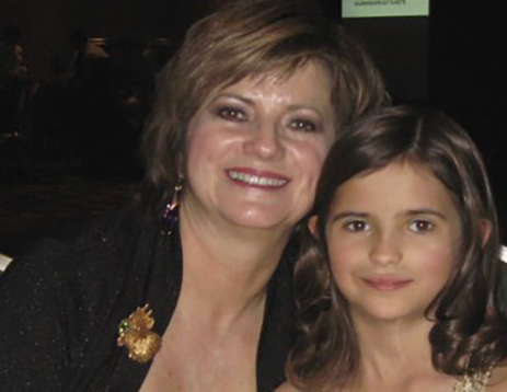 Cynthia Renee and daughter at 2011 AGTA Spectrum Award