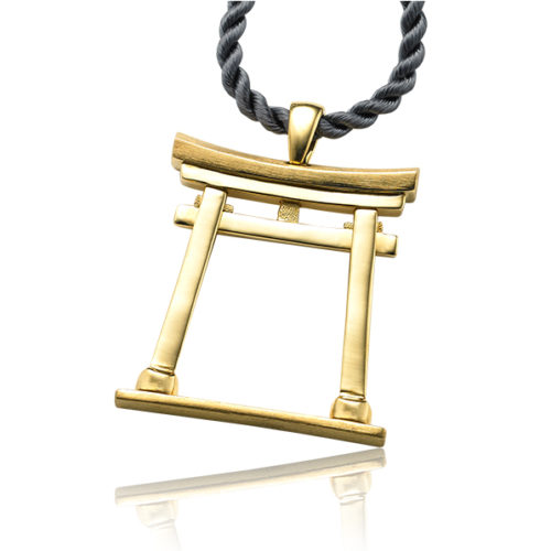 Atoriiis a traditional Japanese gateway marking the passage between the world of everyday concerns to the sacred and profound. Our Torii pendants are a great symbol to mark the transitions in life – an achievement, a graduation, a birth or a change.