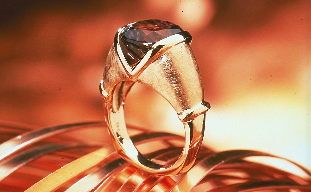 Pietra Ring