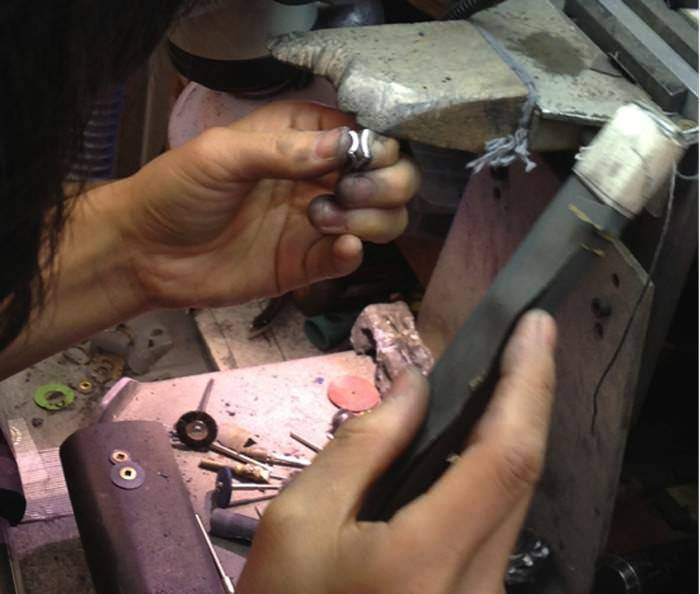 Torii Gate Necklace making process