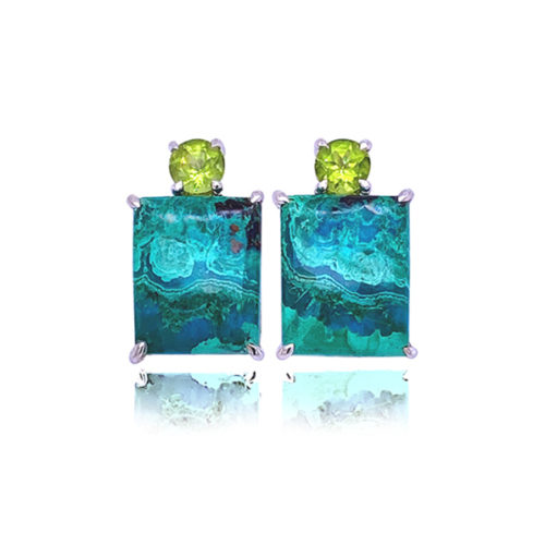 Gia earrings in 18 karat white gold featuring natural Chrysocolla-Malachite accented by a pair of shining Peridot.