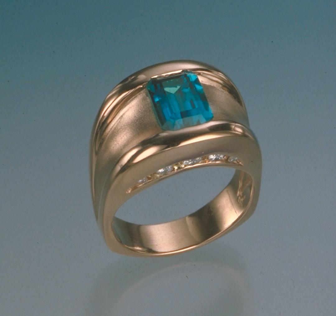 Half-bezel ring