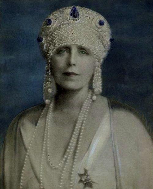 Queen Maria of Romania's Sapphire crown